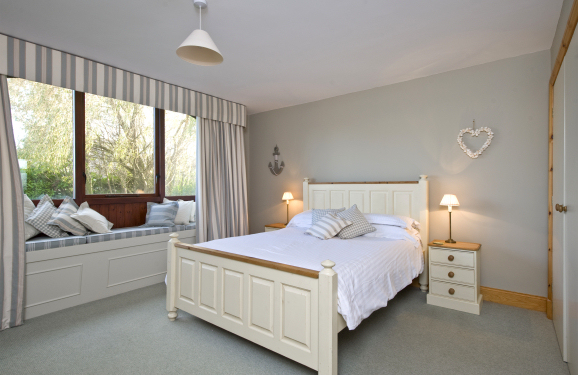 The Coach House Ground-Floor Master Bedroom